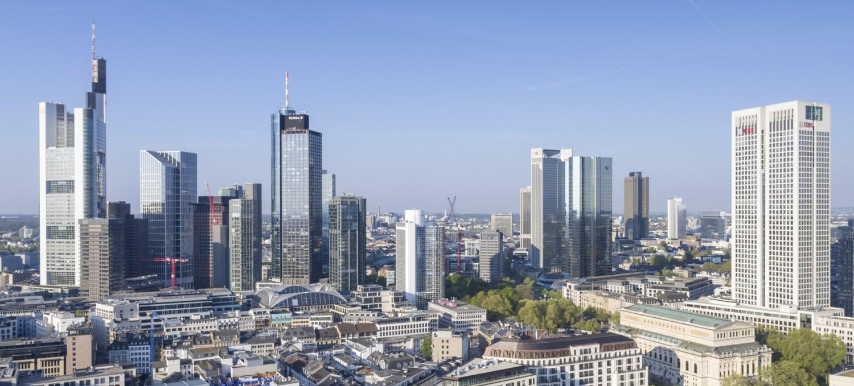 Clarus Management GmbH Frankfurter Skyline