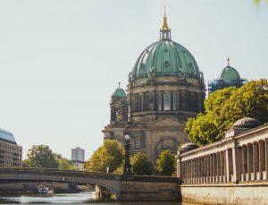 Der Berliner Dom ist ein wahres Landmark der Stadt.